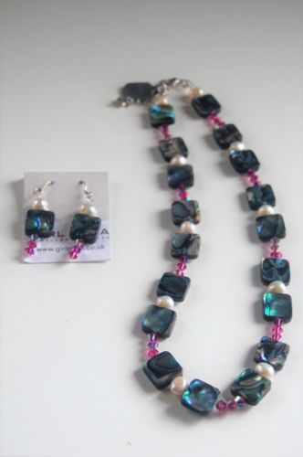 Paua Shell, Freshwater Pearl & Swarovski Necklace & Earring SET PN10